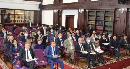 На базе КГМА состоялось совещание с ректорами высших учебных заведений КР