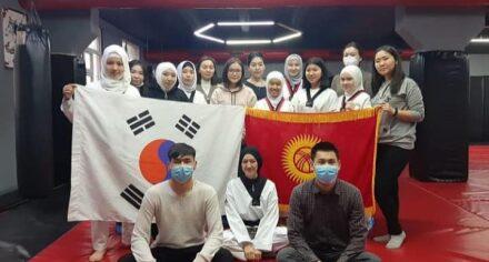 Студенты НОМУС КГМА провели мастер-класс тренерам и ученикам спортивного комплекса Bisport