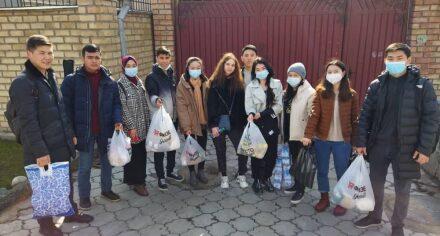 Студенты КГМА навестили постояльцев дома престарелых  Свердловского района