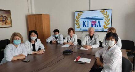 В КГМА прочитаны очередные гостевые лекции преподавателей ЗКМУ по химии