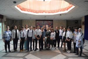 Новую постановку по роману Ч.Айтматова посмотрели лицеисты Медакадемии Кыргызстана