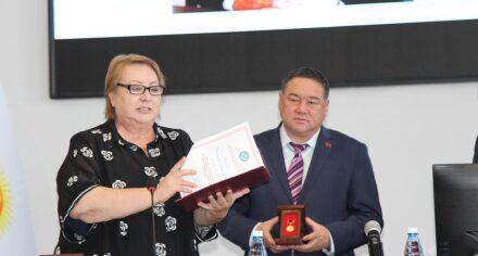В КГМА состоялось торжественное награждение преподавателей академии