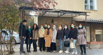 Студенты и преподаватели КГМА посетили дом престарелых